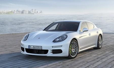 Porsche Panamera S E-Hybrid blanco 01