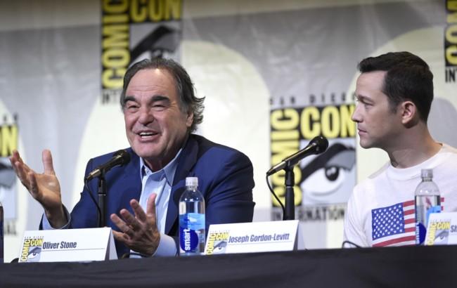 Oliver Stone presentó Snowden en la Comic-Con