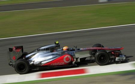 Lewis Hamilton marca el mejor tiempo del fin de semana