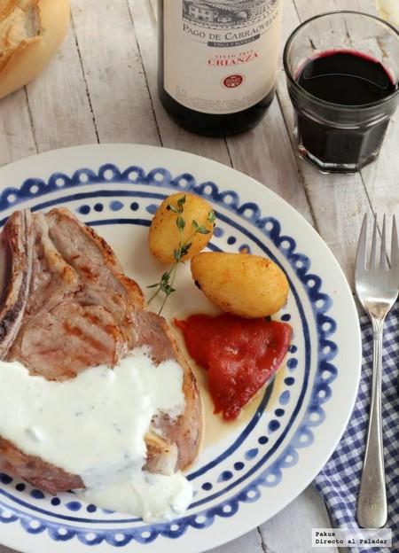 Chuleta de ternera con crema de roquefort y tomillo