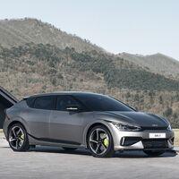 Nuevo KIA EV6: un crossover eléctrico con hasta 510 km de autonomía y versión deportiva GT más rápida que un Porsche Taycan