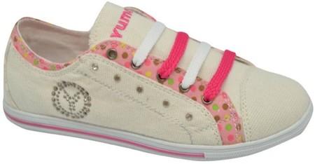 Yumas presenta la colección de calzado infantil para primavera y verano de 2014
