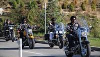 La comunidad Sij de Olot pide que les eximan de usar el casco en moto