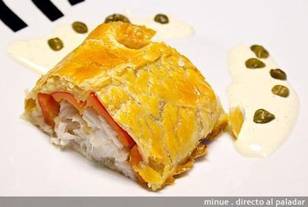 Hojaldre de bacalao y pimientos con salsa de mostaza. Receta