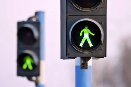 ¿Sabes cómo funciona un semáforo?