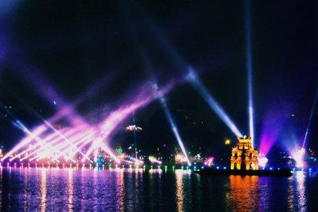 La tortuga gigante del lago Hoan Kiem reaparece por el Milenario de Hanoi