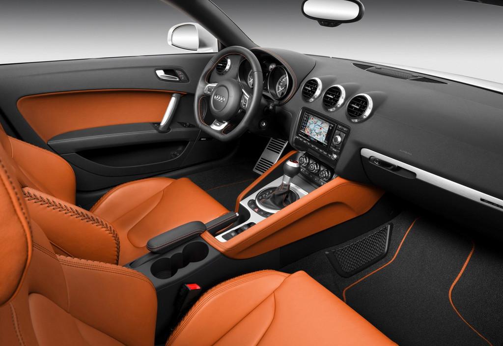 Foto de Audi TTS (33/40)