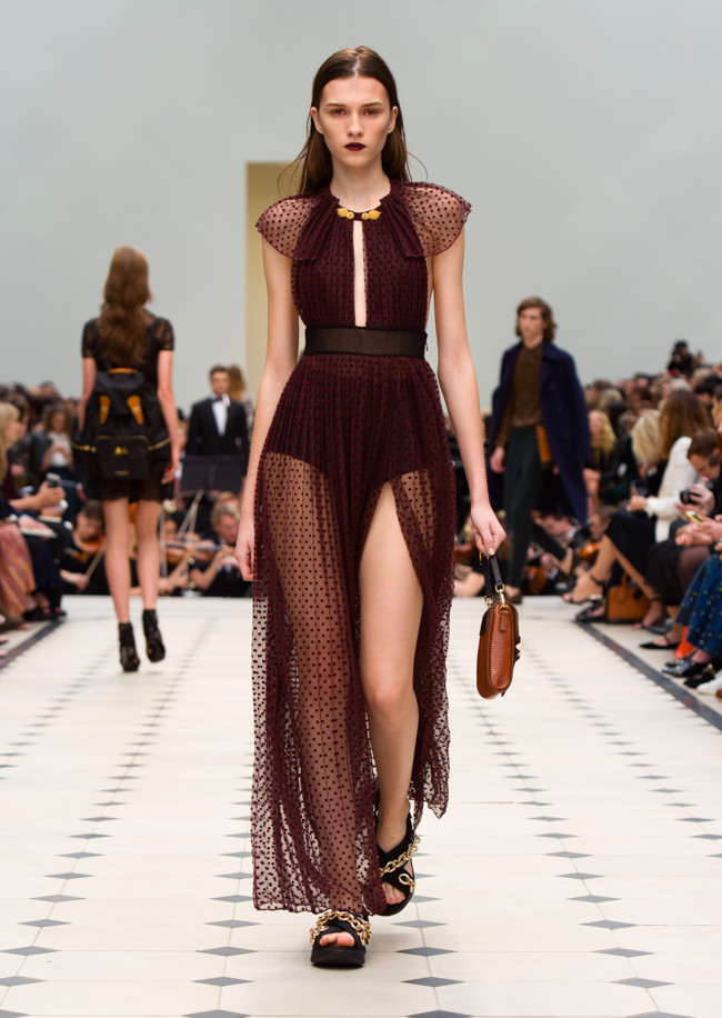 Burberry Womenswear S S16 Collection Look 30