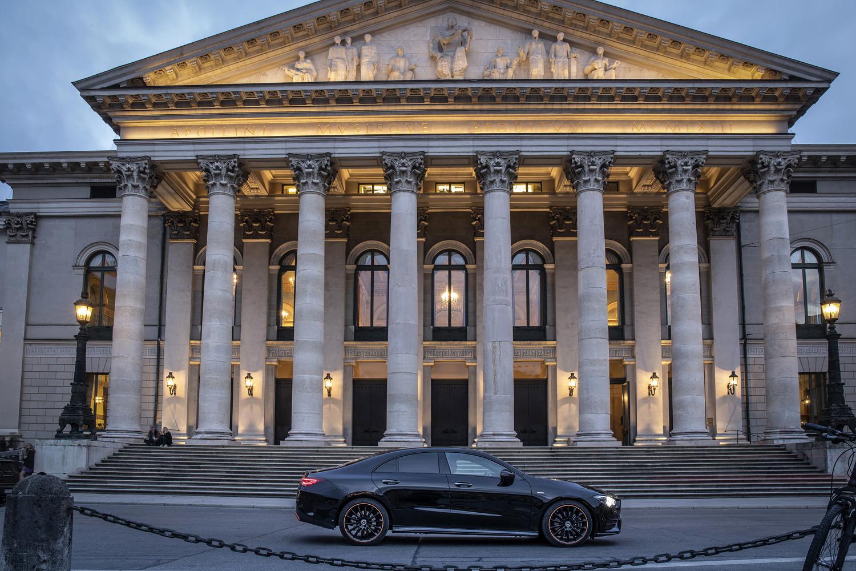 Foto de Mercedes-Benz CLA Coupé 2019, toma de contacto (155/248)
