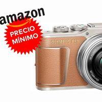 Precio mínimo en Amazon para la Olympus Pen E-PL9 con objetivo 14-42mm si la compramos en color piel: sólo 407,44 euros