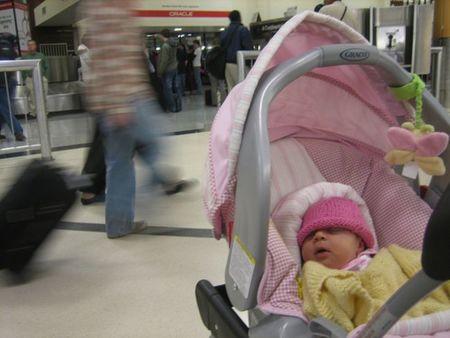 Préstamo de carritos de bebé en el aeropuerto de Barajas, más facilidades a la hora de viajar