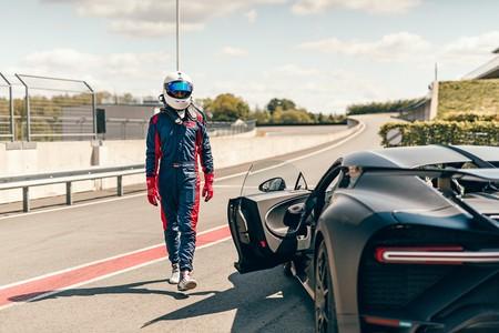 Bugatti Chiron Pur Sport Sale A Correr En La Pista 2