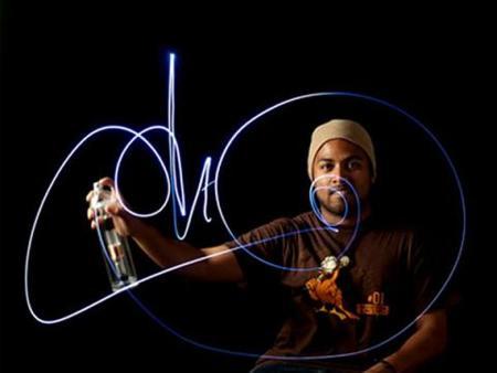 Halo LED, spray para un graffiti efímero