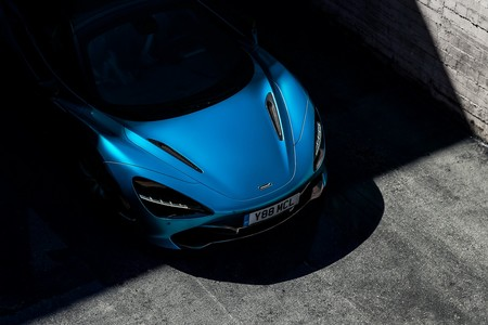 Motor V8 de 710 hp y cielo abierto, el McLaren 720S Spider promete eso y más