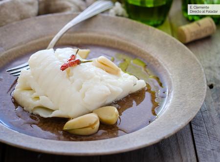 Bacalao confitado: suculenta receta de pescado a baja temperatura