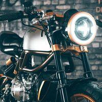 ¡Una moto de ensueño! La Langen 250 es una naked con motor V2 de dos tiempos, homologada y lista para la venta