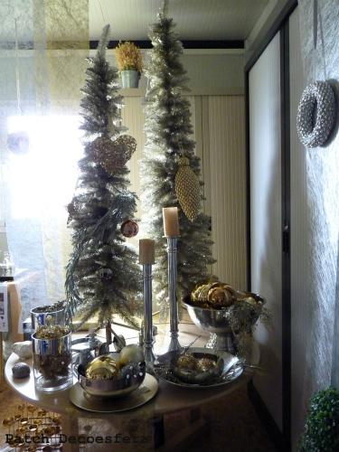 Decoración navideña en dorado