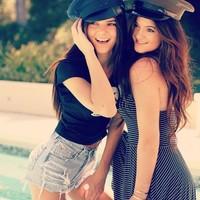 ¡Faltaría más!, Kendall y Kylie tendrán su propia línea de moda