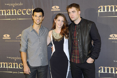 Kristen Stewart, Robert Pattinson y Taylor Lautner también amanecen en Madrid
