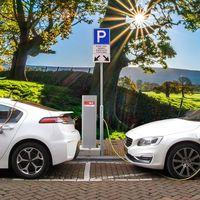 El Gobierno planea la creación de un mapa online de puntos de recarga para coches eléctricos
