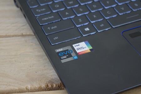 Msi Prestige 14 Evo Review Espanol Xataka Logo Intel Iris