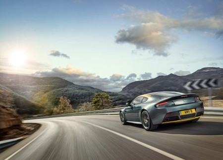 aston_martin_v8_vantage_n430_with_bang_olufsen