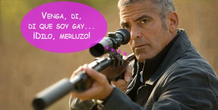 George Clooney lleva los rumores sobre ser gay igual que el traje: con una elegancia...