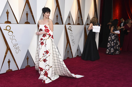 Oscars 2018: Paz Vega pone el toque español a la alfombra roja