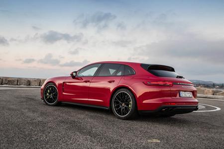 Porsche Panamera Turbo S E Hybrid Sport Turismo PHEV