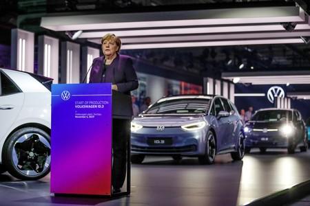 Alemania destrona a Noruega y se coloca como el primer país en ventas de coches eléctricos en Europa