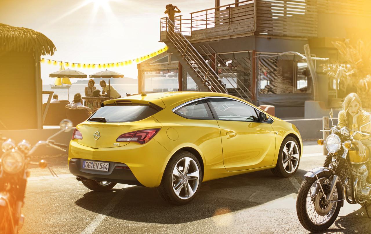Foto de Opel Astra GTC (22/90)