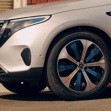 La fiebre de las suscripciones llega a los coches: cuando hasta para desbloquear el airbag o el giro máximo de las ruedas hay que pagar cada año