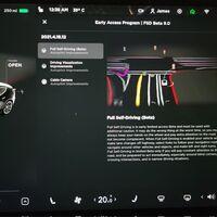Tesla actualiza su software para conquistar metas antes de tener un coche realmente autónomo en la ciudad