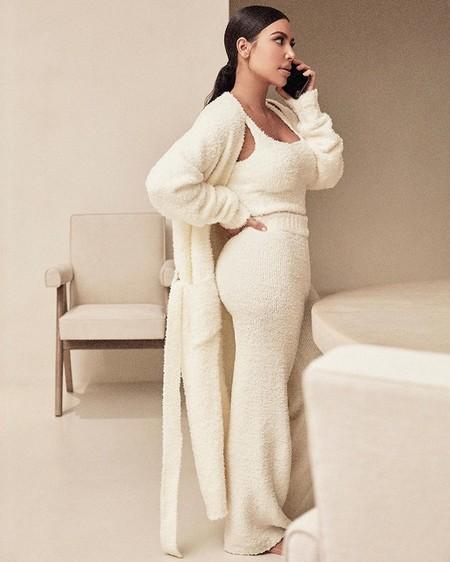 Kim Kardashian Pijama Skims 01