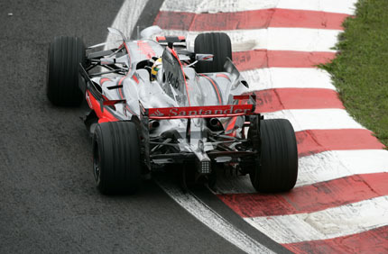 Hamilton no pasará de la primera curva, según Piquet