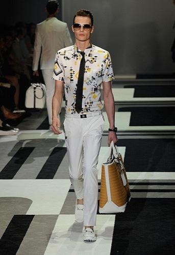 Gucci, Primavera-Verano 2010 en la Semana de la Moda de Milán II