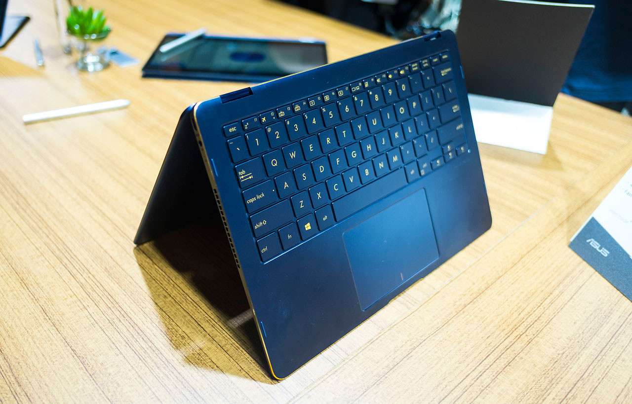 Foto de ASUS ZenBook Flip S (5/8)
