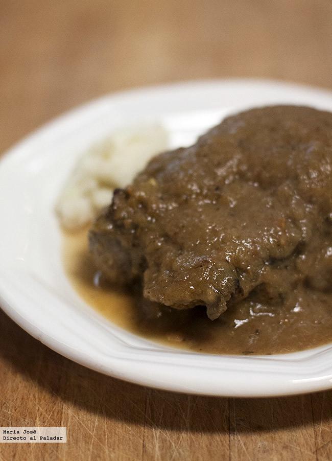 Si la carne melosa es tu debilidad no te pierdas esta receta de carrilleras de cerdo al horno. ¡Te encantará!