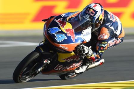 Miguel Oliveira gana de nuevo en Moto3 pero no puede evitar el título de Danny Kent