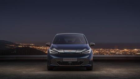 ¡Cazado! El CUPRA el-Born, el primer coche eléctrico de CUPRA, ya rueda por carretera en su fase de pruebas