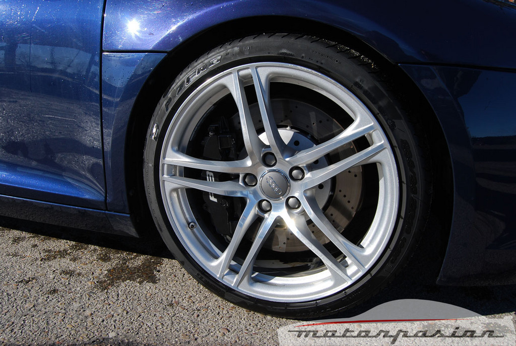 Foto de Audi R8 4.2 FSI R tronic (prueba) (14/50)