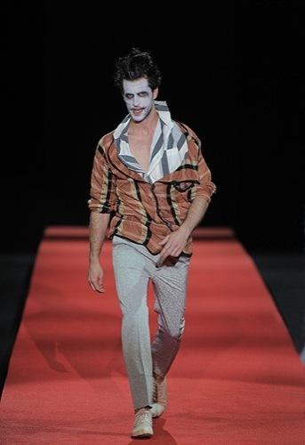 Foto de Vivienne Westwood, Primavera-Verano 2010 en la Semana de la Moda de Milán (5/13)