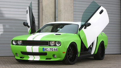 Dodge Challenger SRT-8 por CCG Automotive