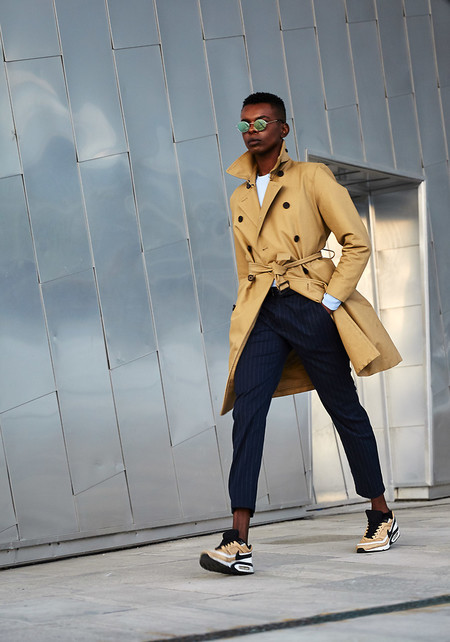 El Mejor Street Style De La Semana Las Calles Comienzan A Vestirse De Camel Para El Otono 02