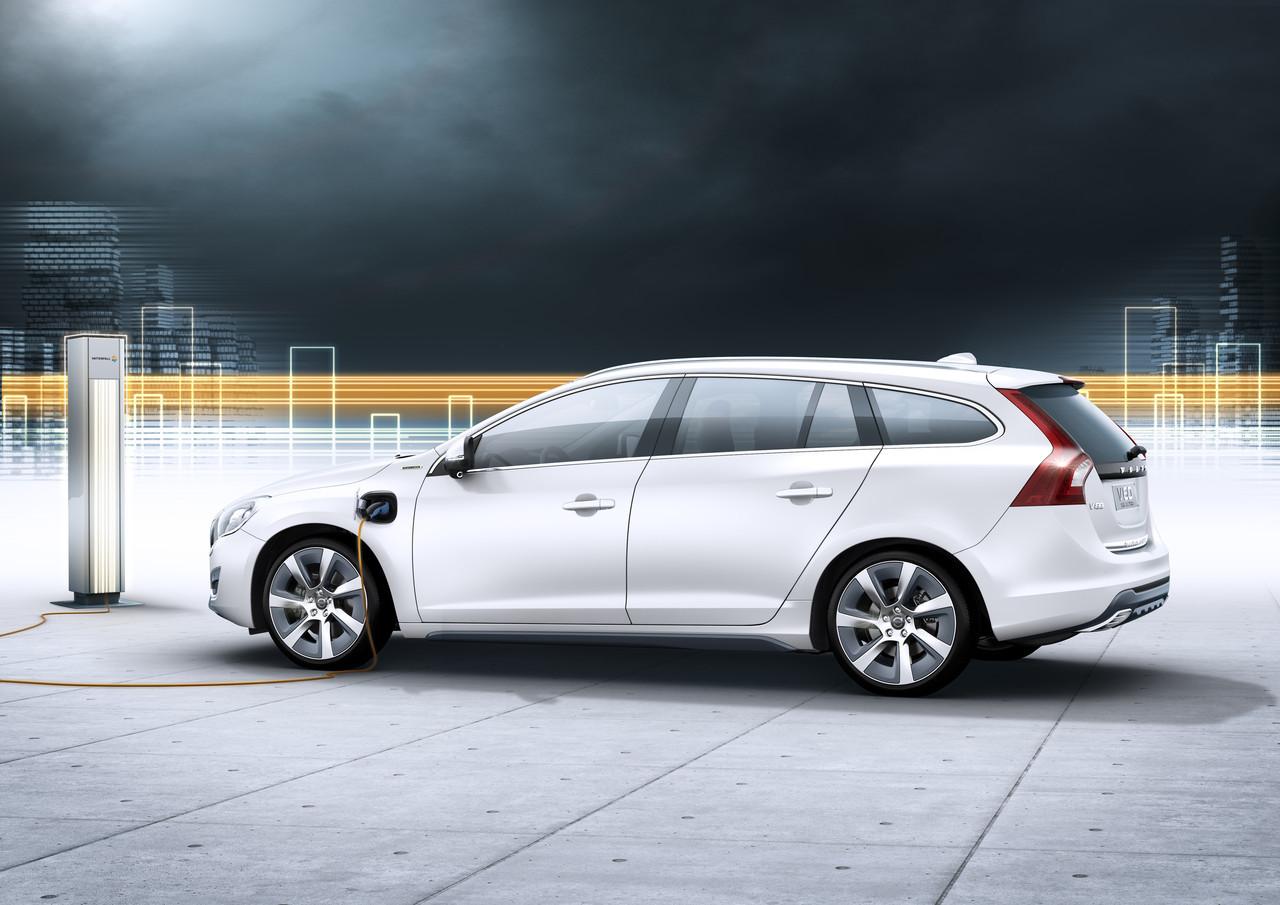 Foto de Volvo V60 Plug-in Hybrid (8/18)