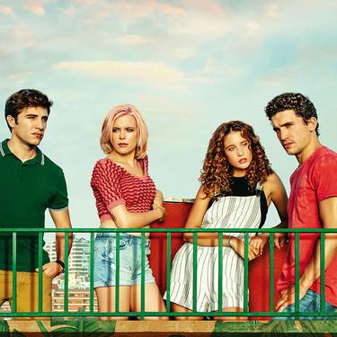 """""""¿A quién te llevarías a una isla desierta?"""": Lo nuevo de María Pedraza y Jaime Lorente es un planazo para los amantes del drama, los secretos y el amor"""