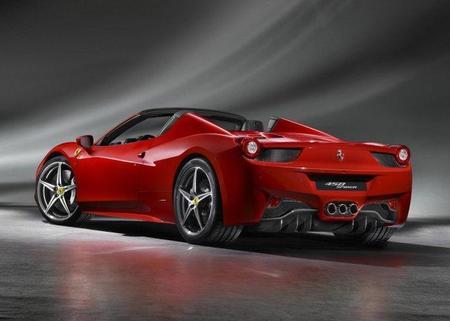 Chris Harris se pone a los mandos del Ferrari 458 Italia Spider