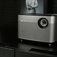 XGIMI H1, un sistema todo en uno que incluye proyector, equipo de sonido y centro multimedia