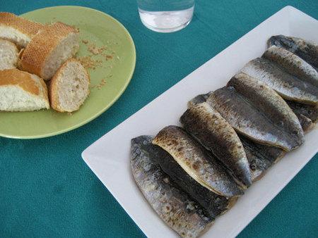 Sardinas, merluza y peras: menos precio para comer sano