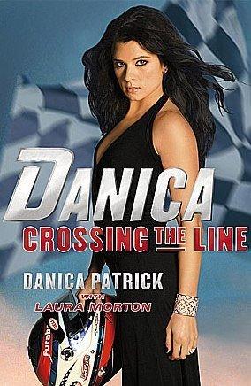 Danica Patrick puede unirse a Montoya